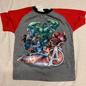 Size 4 kids avenger shirt